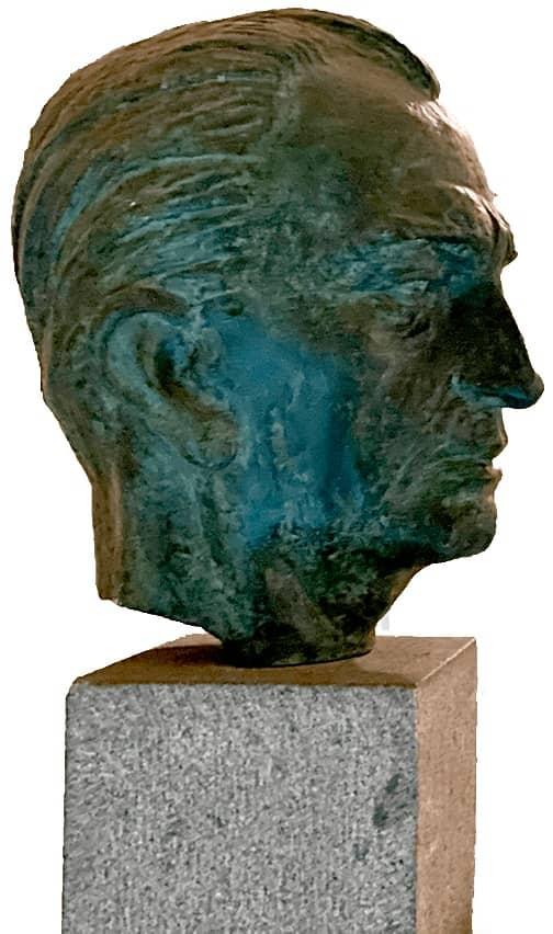 busto juvenal hernandez jaque19